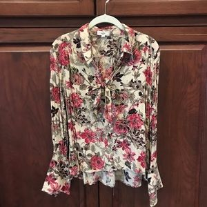Entro high-lo blouse size S